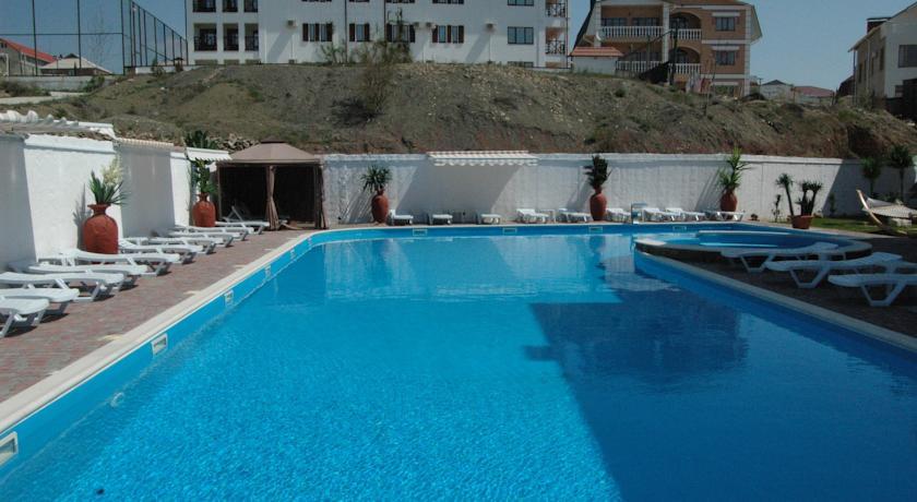 Pogostite.ru - Вилла Александрия | г. Судак | в 10 минутах от моря | бассейн | номера с балконами #8