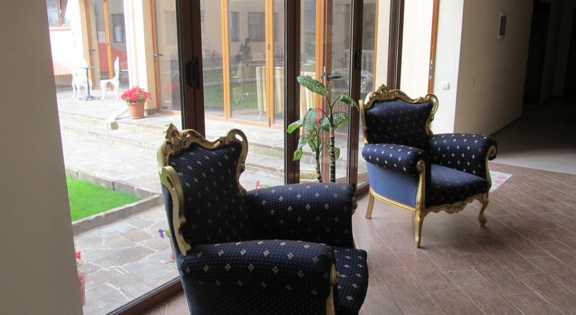 Pogostite.ru - Вилла Александрия | г. Судак | в 10 минутах от моря | бассейн | номера с балконами #20