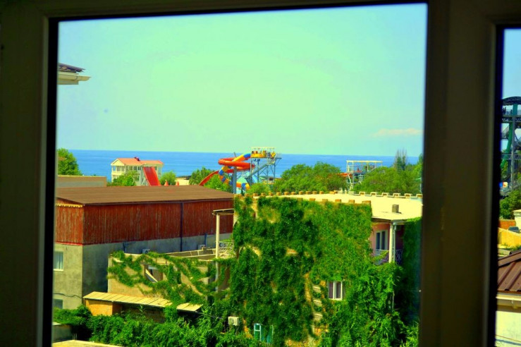 Pogostite.ru - Прайм | г. Судак | Возле побережья | Бесплатная парковка | Семейные номера #9