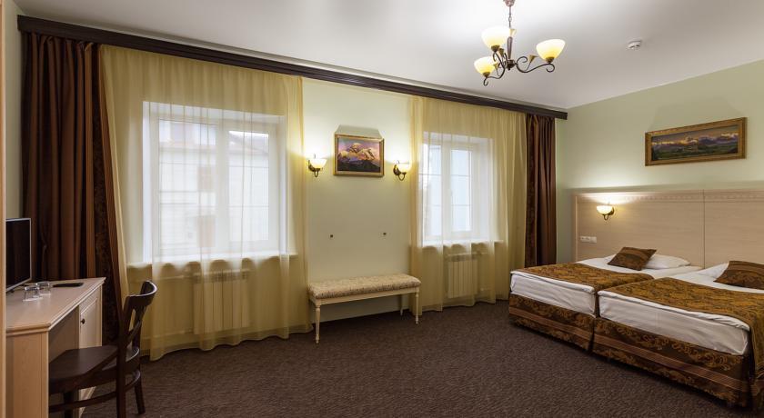 Pogostite.ru - ГАТЧИНА ОТЕЛЬ | г. Гатчина | рядом Приоратский дворец | парковка #24