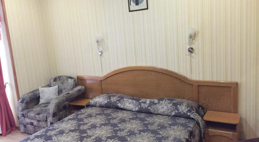 Pogostite.ru - АЛЕКСАНДРИЯ | г. Геленджик | 1 линия | парковка #23