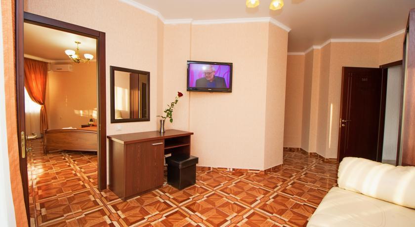 Pogostite.ru - Кастро гостевой дом | пос. Кабардинка | бассейн | детская площадка #24