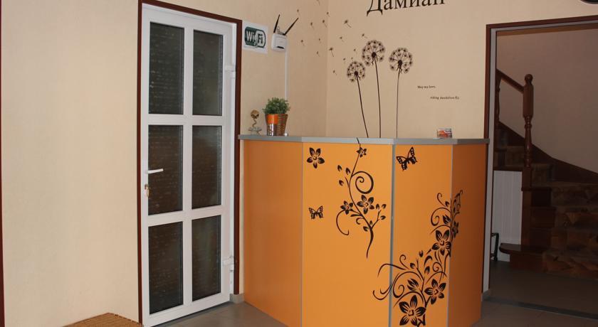 Pogostite.ru - Дамиан | пос. Кабардинка | рядом с автобусной станцией | семейные номер | общая кухня #7