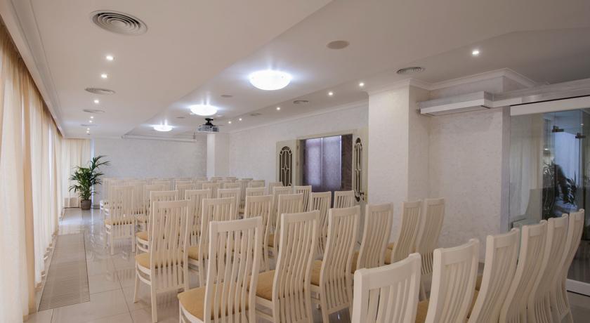 Pogostite.ru - Ахиллеон - Парк Бутик Отель | пос. Кабардинка | открытый бассейн | детская площадка #9