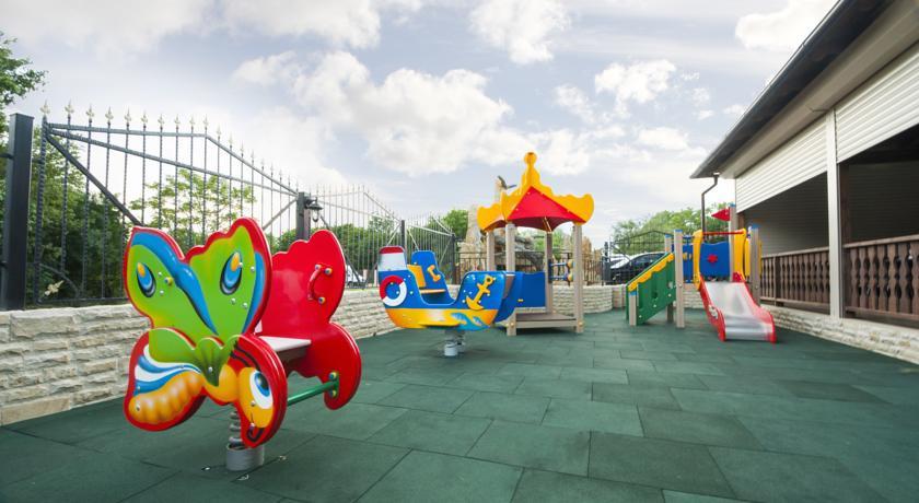 Pogostite.ru - Ахиллеон - Парк Бутик Отель | пос. Кабардинка | открытый бассейн | детская площадка #37