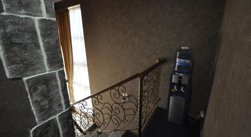 Pogostite.ru - Chillout House | г. Новороссийск | в центре | парковка #3