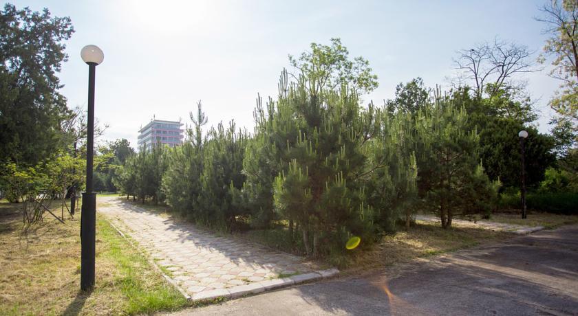 Pogostite.ru - Таврия (г. Евпатория, возле парка им. Франка) #4