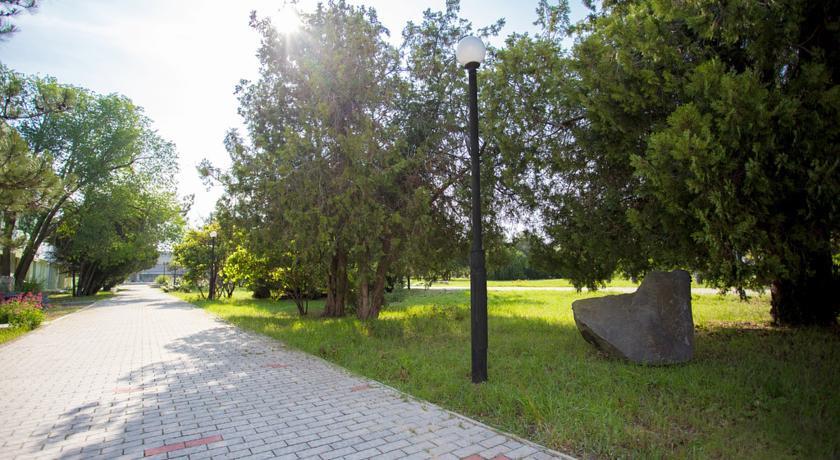 Pogostite.ru - Таврия (г. Евпатория, возле парка им. Франка) #6