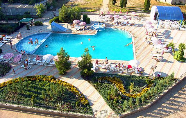 Pogostite.ru - Евпатория | г. Евпатория | открытый бассейн | cобственный песчаный пляж #7
