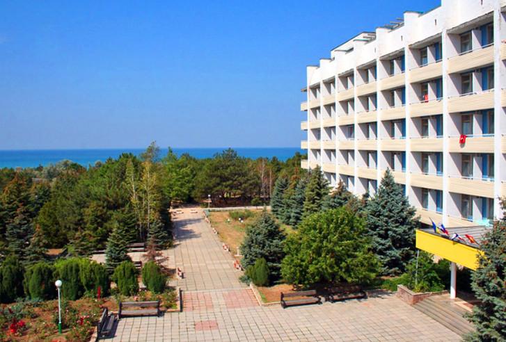 Pogostite.ru - Южный пансионат | пгт. Николаевка | 1 линия | бассейн | собственный пляж | детская площадка #3