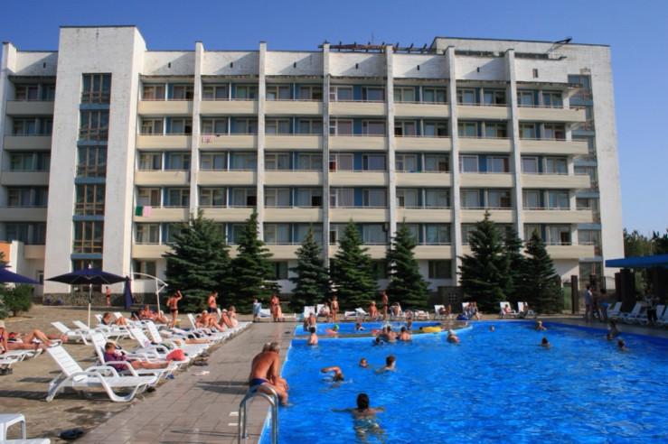 Pogostite.ru - Южный пансионат | пгт. Николаевка | 1 линия | бассейн | собственный пляж | детская площадка #1