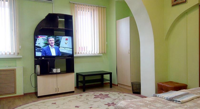 Pogostite.ru - Филин и Сова   г. Владивосток   Сквер имени Семенова   Парковка #33