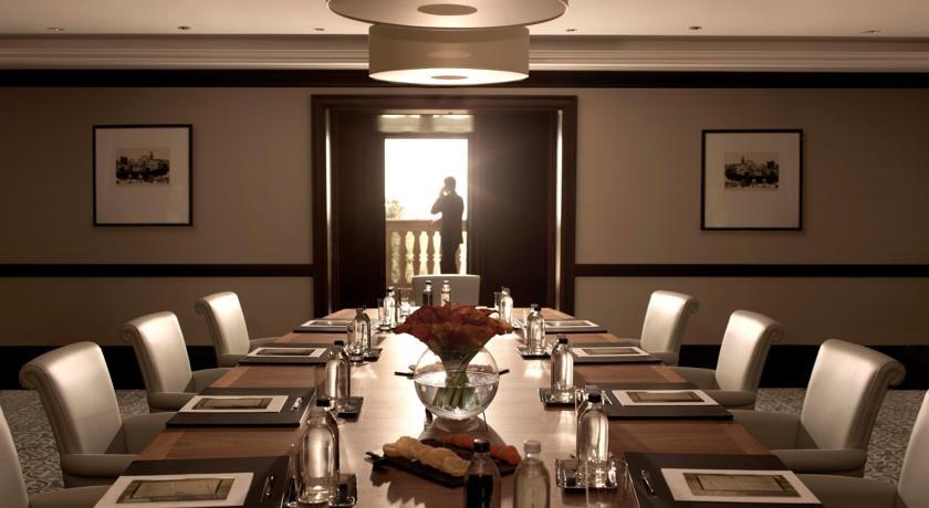 Pogostite.ru - Four Seasons Hotel Baku - Фо Сизонс Хотел Баку | исторический центр | бассейн #14