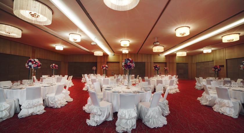Pogostite.ru - Holiday Inn Baku - Холидей Инн Баку | г. Баку | бассейн | CПА #7