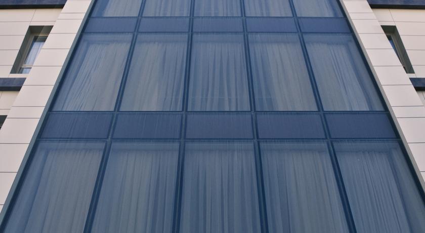 Pogostite.ru - Qafqaz Point Hotel - Кафгаз Поинт Хотел   г. Баку   м. Элмляр Академиясы #1