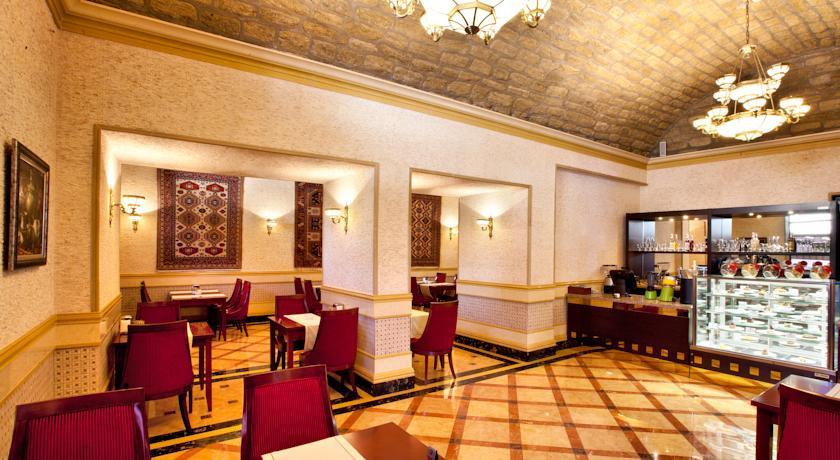 Pogostite.ru - Shah Palace Hotel - Шах Палац | Cтарый Баку | турецкая баня | парковка #11