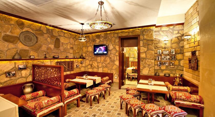 Pogostite.ru - Shah Palace Hotel - Шах Палац | Cтарый Баку | турецкая баня | парковка #13