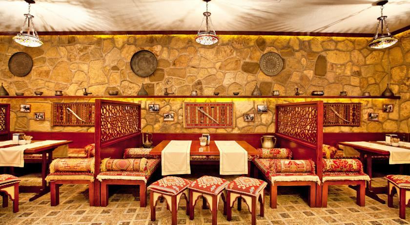 Pogostite.ru - Shah Palace Hotel - Шах Палац | Cтарый Баку | турецкая баня | парковка #15