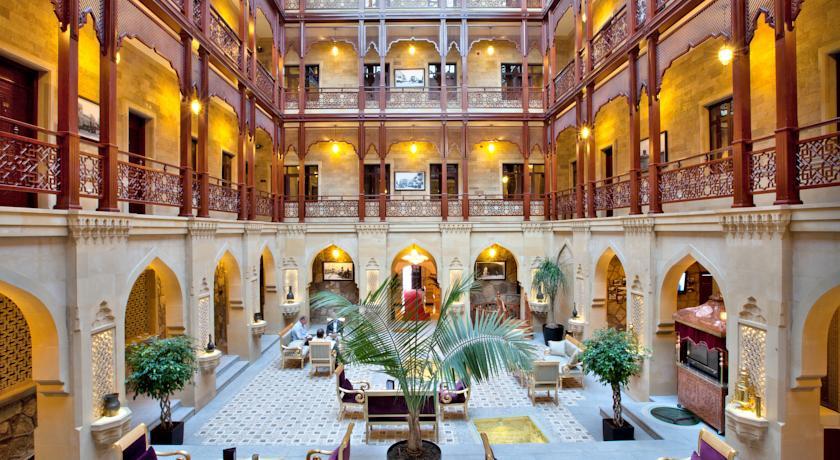 Pogostite.ru - Shah Palace Hotel - Шах Палац | Cтарый Баку | турецкая баня | парковка #1