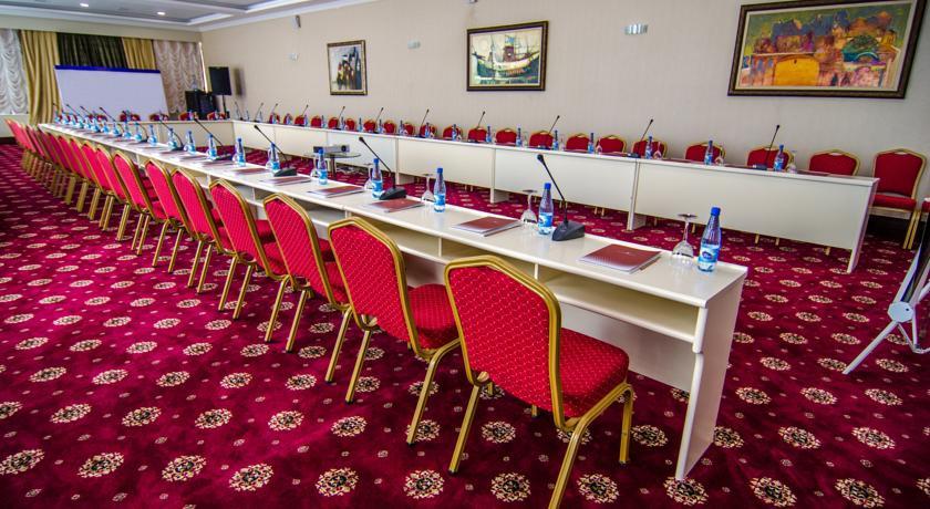 Pogostite.ru - Ramada Baku Hotel - Рамада Баку Хотел | 1-линия | частный пляж | бассейн #32