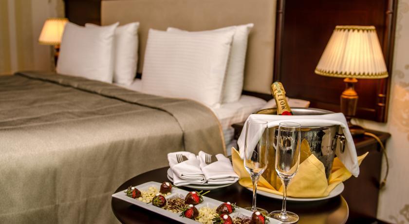 Pogostite.ru - Ramada Baku Hotel - Рамада Баку Хотел | 1-линия | частный пляж | бассейн #12