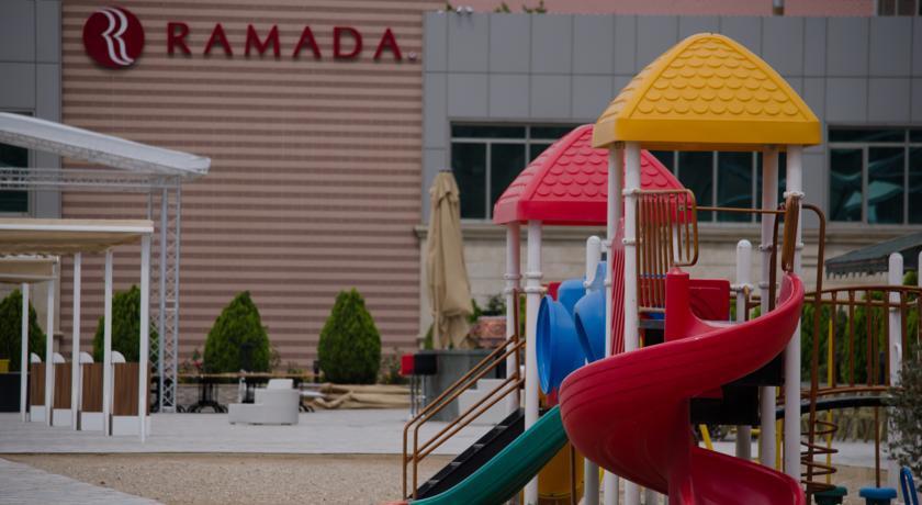 Pogostite.ru - Ramada Baku Hotel - Рамада Баку Хотел | 1-линия | частный пляж | бассейн #35