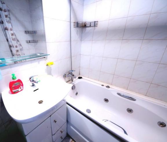 Pogostite.ru - АПАРТАМЕНТЫ НА БОГАТЫРСКОМ | м. Комендантский проспект | парковка | с кухней #18