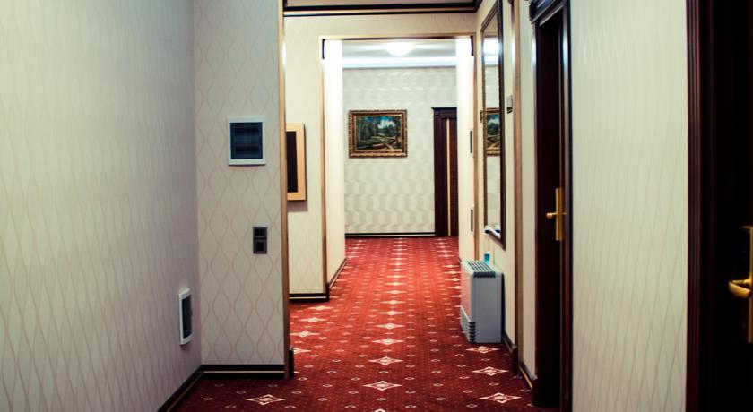 Pogostite.ru - Grand Hotel - Гранд Хотэл | исторический центр | парковка #7