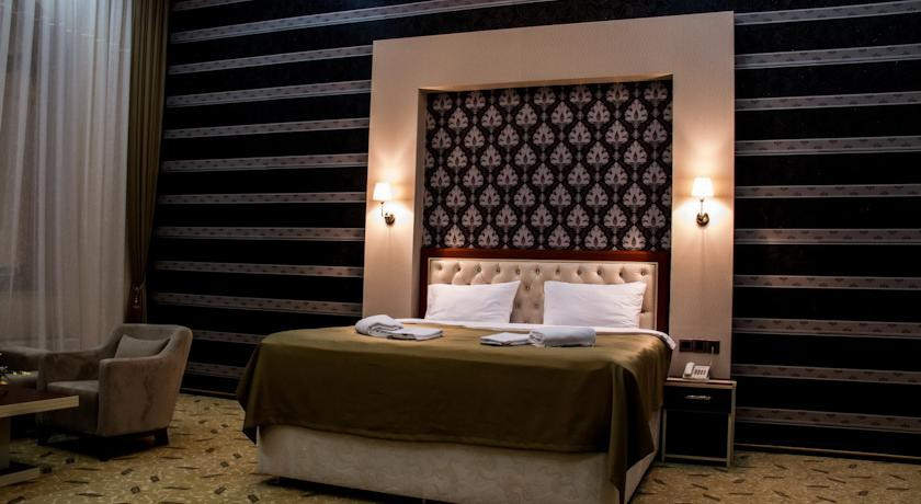 Pogostite.ru - Grand Hotel - Гранд Хотэл | исторический центр | парковка #14