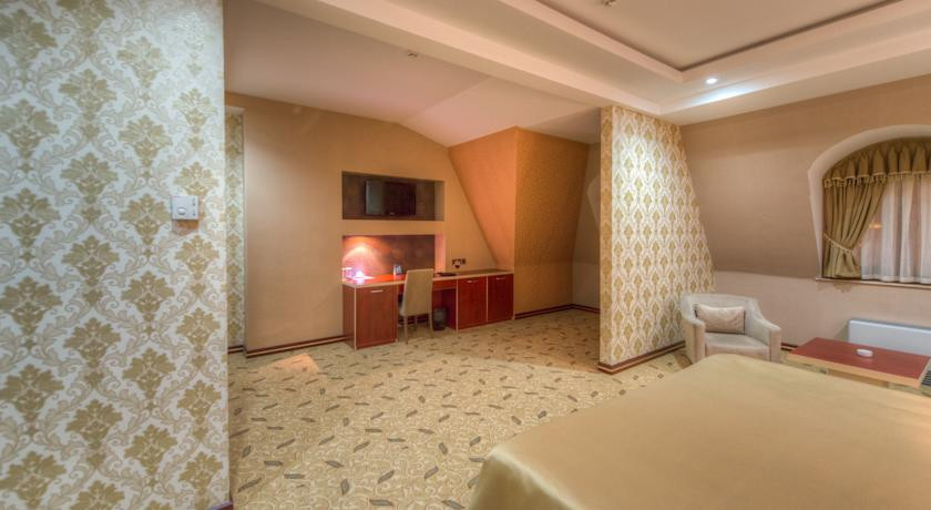 Pogostite.ru - Grand Hotel - Гранд Хотэл | исторический центр | парковка #11