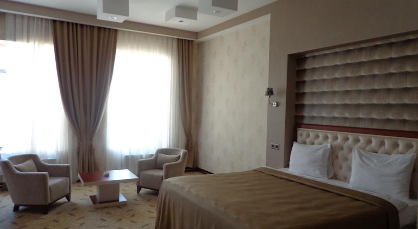 Pogostite.ru - Grand Hotel - Гранд Хотэл | исторический центр | парковка #12