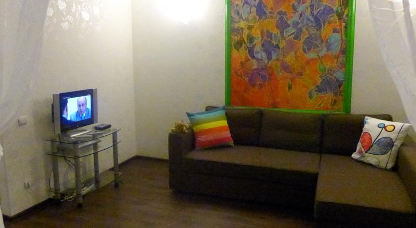 Pogostite.ru - Oplesnina Apartment / Апартаменты на Оплеснина (г. Сыктывкар, возле Аллеи Героев) #7