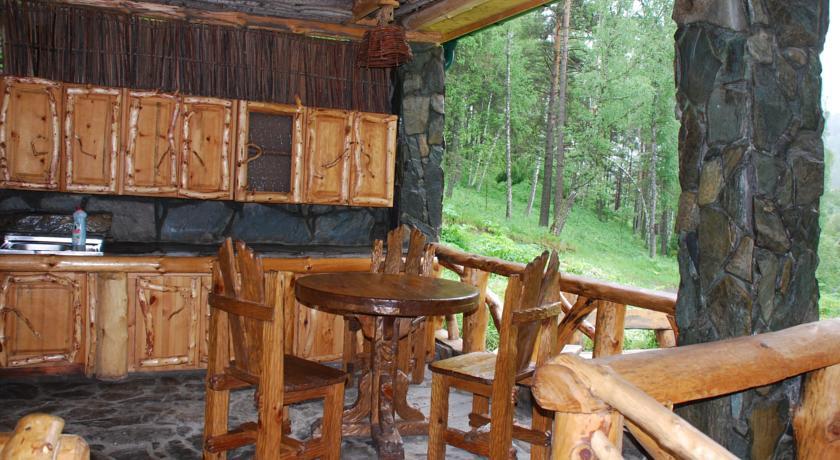 Pogostite.ru - Лесная дача | лыжный подъемник | озеро | предгорья Алтая #5