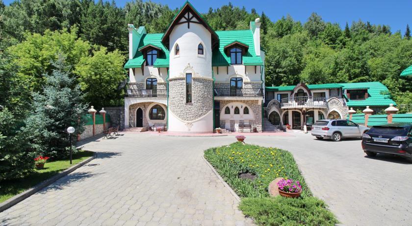 Pogostite.ru - Беркут | подъемник Катунь 1 |  бассейн | ресторан Пятое колесо #2