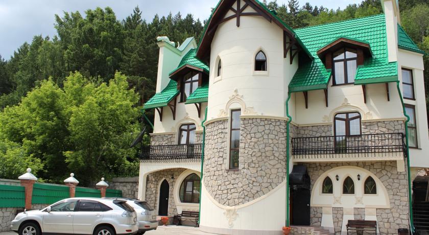 Pogostite.ru - Беркут | подъемник Катунь 1 |  бассейн | ресторан Пятое колесо #1
