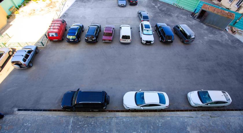 Pogostite.ru - ИЗУМРУДНЫЙ ГОСТЕВОЙ ДОМ | г. Адлер | бассейн | парковка #15