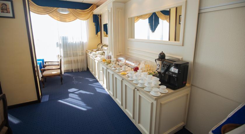 Pogostite.ru - Отель Тура | г. Тюмень | Текутьевский бульвар | Бильярд | #13