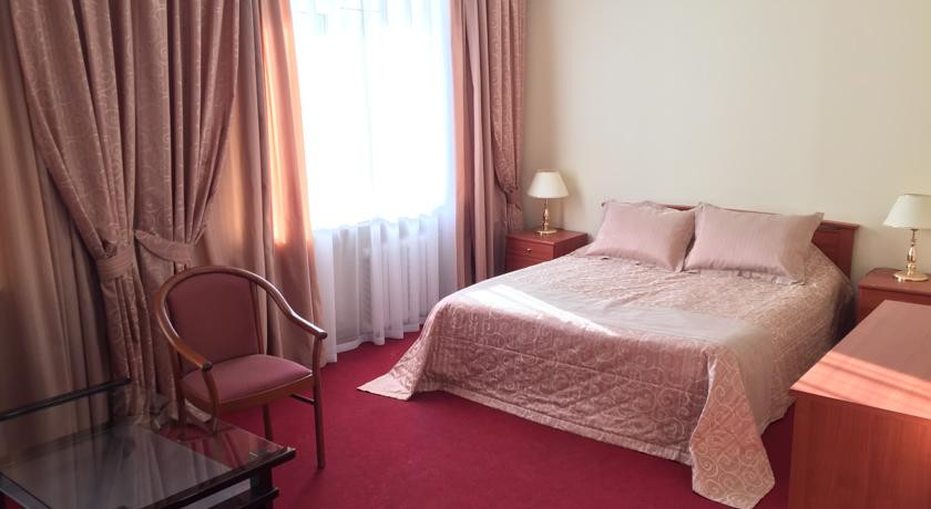 Pogostite.ru - Отель Тура | г. Тюмень | Текутьевский бульвар | Бильярд | #24