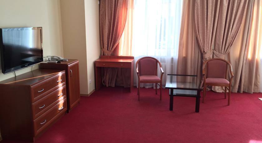 Pogostite.ru - Отель Тура | г. Тюмень | Текутьевский бульвар | Бильярд | #26