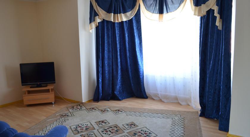 Pogostite.ru - Город Шахмат  |г. Элиста|возле художественной выставки Предметы буддийского культа| #21