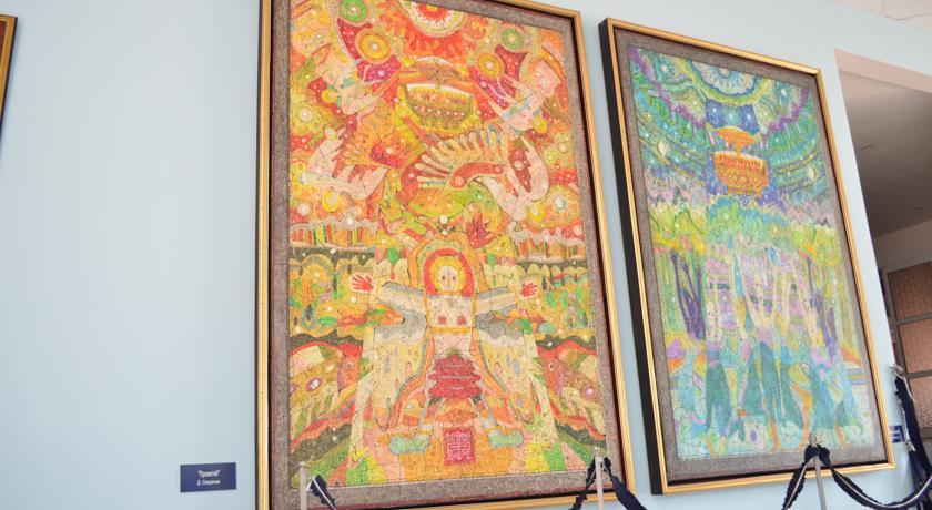 Pogostite.ru - Город Шахмат  |г. Элиста|возле художественной выставки Предметы буддийского культа| #6