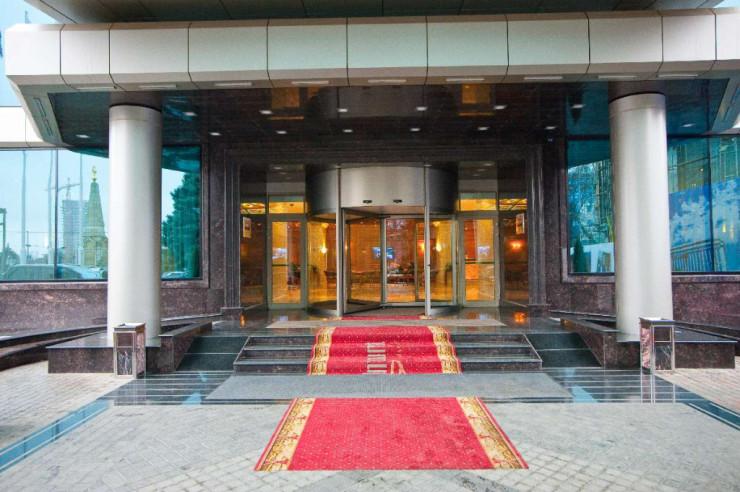 Pogostite.ru - Crowne Plaza Krasnodar-Centre (Краун Плаза Краснодар-Центр (бывш. Интурист) #1
