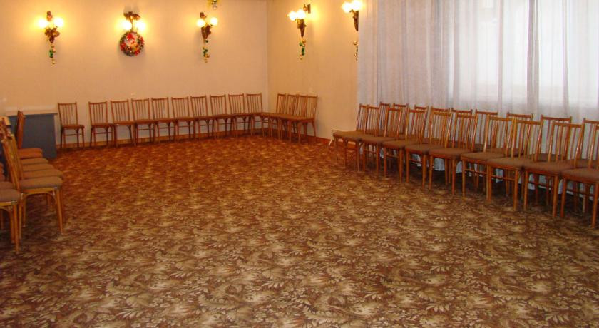 Pogostite.ru - ЖАРКИ СПОРТ КОМПЛЕКС | бассейн | парковка | верховая езда #36