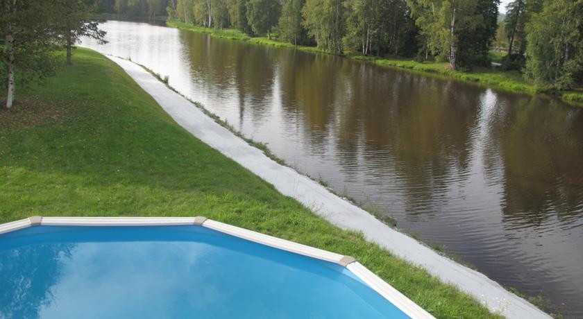 Pogostite.ru - ОЗЕРКИ БАЗА ОТДЫХА - КОТТЕДЖИ | бассейн | детская площадка | парковка #16
