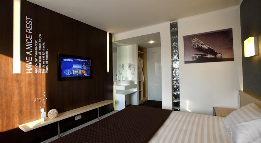Pogostite.ru - Futuro Hotel Bishkek | Футуро Хотел Бишкек | 7 минут от центра города | бизнес-центр | #15