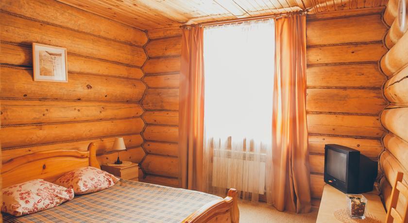 Pogostite.ru - Кедровая заимка | подъемник Катунь | ручей Каменный | семейные номера #12