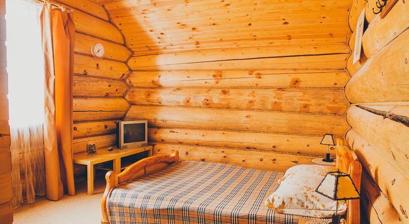 Pogostite.ru - Кедровая заимка | подъемник Катунь | ручей Каменный | семейные номера #11
