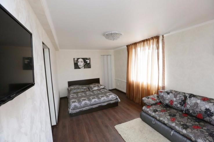 Pogostite.ru - Tokio Parkhaus Apartment | г. Петропавловск | Музей изобразительных искусств | Парковка #3