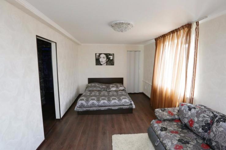 Pogostite.ru - Tokio Parkhaus Apartment | г. Петропавловск | Музей изобразительных искусств | Парковка #4