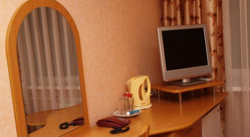 Pogostite.ru - Дружба | Дзержинск | сквер на площади Дзержинского | бизнес-центр | #7